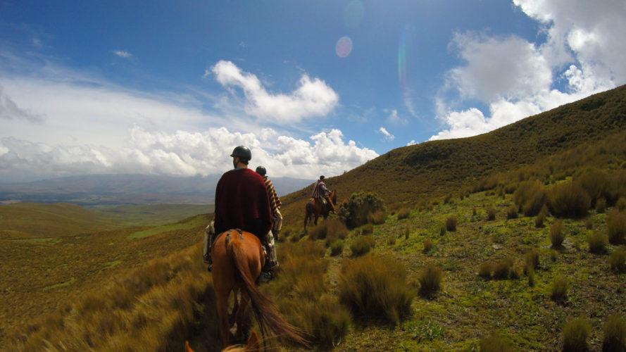 Chagra Style Riding in Ecuador